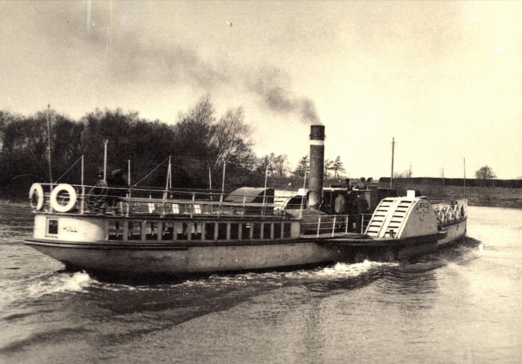 Steam packet S.S. Celia on the River Trent, about 1910