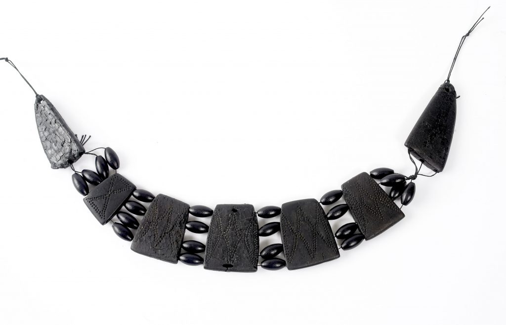 Humber Museums Partnership - Curator's Choice – Jet necklace from Middleton-on-the-Wolds