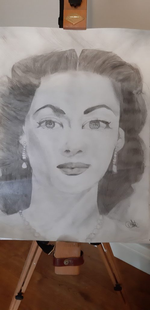 Pencil drawing portrait of a glamorous woman.